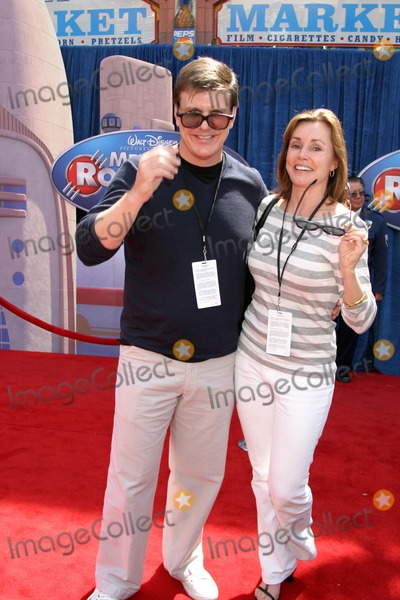 Alex Donnelly Photo - Alex Donnelly  Escort Meet the Robinsons World PremiereEl Capitan TheaterLos Angeles CAMarch 25 2007