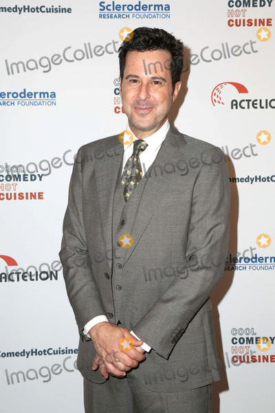 Jonathan Silverman Photo - LOS ANGELES - JUN 16  Jonathan Silverman at the 30th Annual Scleroderma Benefit at the Beverly Wilshire Hotel on June 16 2017 in Beverly Hills CA