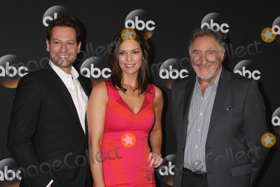 Alana de la Garza Photo - LOS ANGELES - JUL 15  Ioan Gruffudd Alana De La Garza Judd Hirsch at the ABC July 2014 TCA at Beverly Hilton on July 15 2014 in Beverly Hills CA