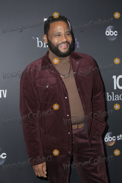 Anthony Anderson Photo - LOS ANGELES - NOV 10  Anthony Anderson at the Black-ish 100th Episode Celebration at the Walt Disney Studios on November 10 2018 in Burbank CA