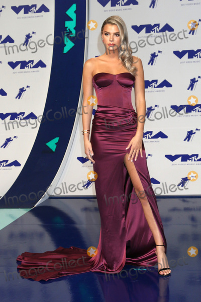 Alissa Violet Photo - LOS ANGELES - AUG 27  Alissa Violet at the MTV Video Music Awards 2017 at The Forum on August 27 2017 in Inglewood CA