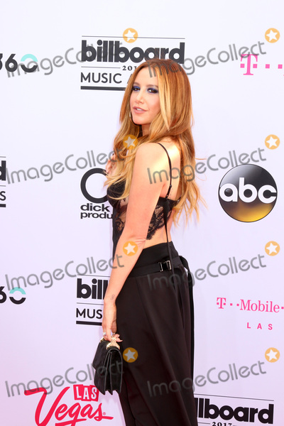 Ashley Tisdale Photo - LAS VEGAS - MAY 21  Ashley Tisdale at the 2017 Billboard Music Awards - Arrivals at the T-Mobile Arena on May 21 2017 in Las Vegas NV