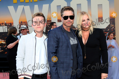 Rob Lowe Photo - LOS ANGELES - JUL 22  John Owen Lowe Rob Lowe Sheryl Berkoff Lowe at the Once Upon a Time in Hollywod Premiere at the TCL Chinese Theater IMAX on July 22 2019 in Los Angeles CA