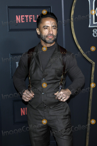 Kamar de los Reyes Photo - LOS ANGELES - FEB 5  Kamar de los Reyes at the Locke  Key Series Premiere Screening at the Egyptian Theater on February 5 2020 in Los Angeles CA