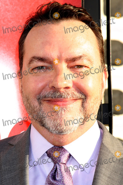 Alan Ball Photo - LOS ANGELES - MAY 30  Alan Ball arrives at the True Blood 5th Season Premiere at Cinerama Dome Theater on May 30 2012 in Los Angeles CA