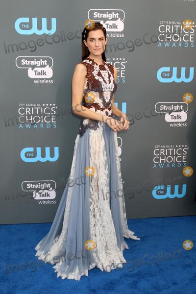Allison Williams Photo - LOS ANGELES - JAN 11  Allison Williams at the 23rd Annual Critics Choice Awards at Barker Hanger on January 11 2018 in Santa Monica CA