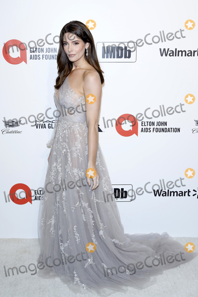 Elton John Photo - LOS ANGELES - FEB 9  Ashley Greene at the 28th Elton John Aids Foundation Viewing Party at the West Hollywood Park on February 9 2020 in West Hollywood CA