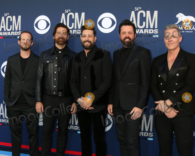 Trevor Rosen Photo - LAS VEGAS - APR 7  Whit Sellers Geoff Sprung Matthew Ramsey Brad Tursi Trevor Rosen Old Dominion at the 54th Academy of Country Music Awards at the MGM Grand Garden Arena on April 7 2019 in Las Vegas NV