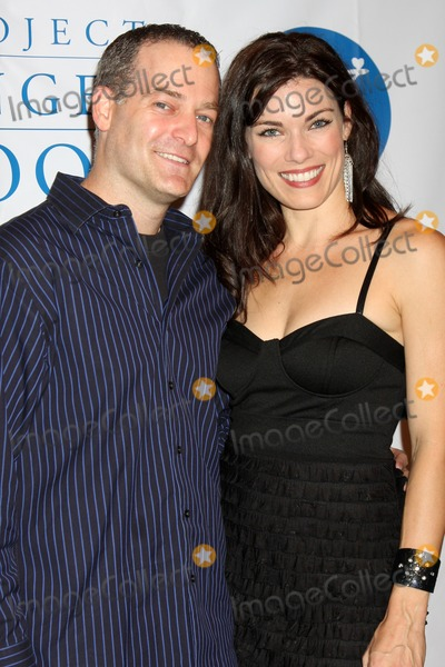 Howard Fine Photo - David Goryl and Amy Mottaarriving at the  5th Annual inCONCERT To Benefit Project Angel FoodHoward Fine TheaterLos Angeles  CAOctober 17 2009