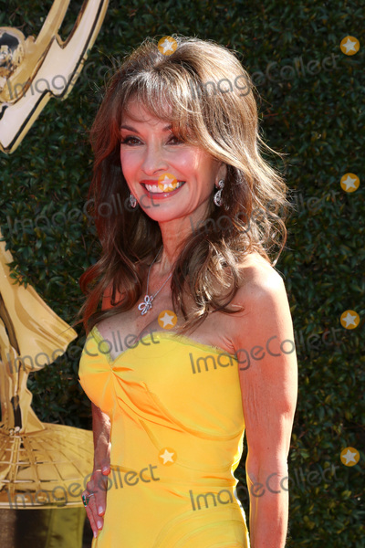 Susan Lucci Photo - LOS ANGELES - APR 30  Susan Lucci at the 44th Daytime Emmy Awards - Arrivals at the Pasadena Civic Auditorium on April 30 2017 in Pasadena CA