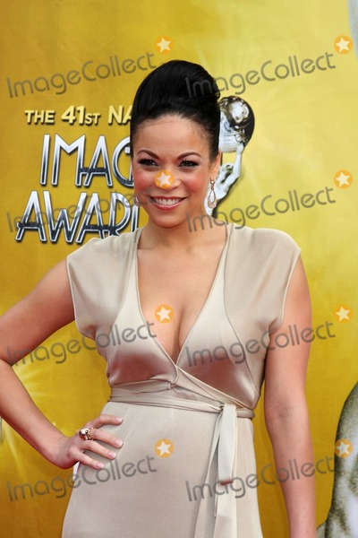 Daphne Duplaix Photo - Daphne Duplaixarriving  at the 41st NAACP Image Awards Shrine AuditoriumLos Angeles CAFebruary 26 2010
