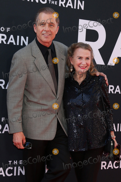 Juliet Mills Photo - LOS ANGELES - AUG 1  Maxwell Caufield Juliet Mills at the The Art of Racing in the Rain World Premiere at the El Capitan Theater on August 1 2019 in Los Angeles CA