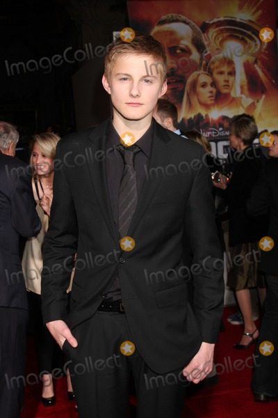 Alexander Ludwig Photo - Alexander Ludwig   arriving at the Race to Witch Mountain Premiere at the El Capitan Theater l in Los Angeles  CA on  March 11 2009