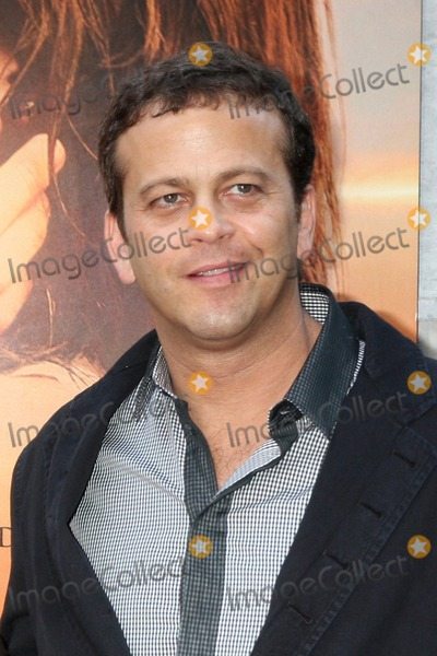 Aaron Zigman Photo - Aaron Zigman  Guestsarrives at  The Last Song World PremiereArcLight TheatersLos Angeles CAMarch 25 2010