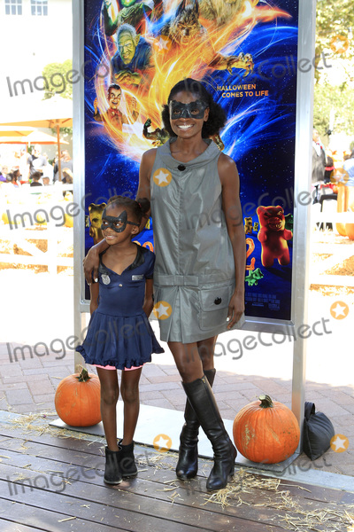 Adina Porter Photo - LOS ANGELES - OCT 7  Adina Porter at the Goosebumps 2 Haunted Halloween Special Screening  at the Sony Pictures Studios on October 7 2018 in Culver City CA