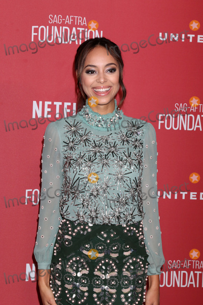Amber Stevens-West Photo - LOS ANGELES - NOV 9  Amber Stevens West at the SAG-AFTRA Foundations Patron of the Artists Awards 2017 at Wallis Annenberg Center for the Performing Arts on November 9 2017 in Beverly Hills CA