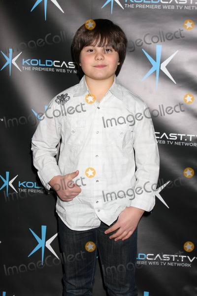 Miss Behave Photo - LOS ANGELES - DEC 14  Zach Callison attends the Miss Behave Season Two Premiere Party at Flappers Comedy Club on December 14 2010 in Burbank CA