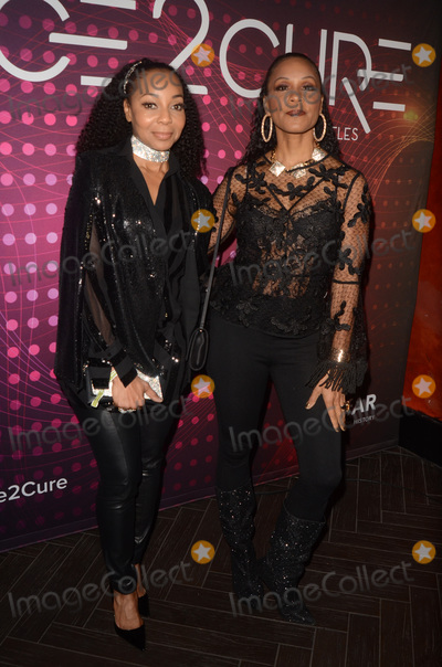 Terry Ellis Photo - LOS ANGELES - DEC 1  Terry Ellis Cindy Herron at the amfAR Dance2Cure Kickoff Event at the Bardot on December 1 2018 in Los Angeles CA