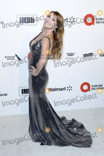 Elton John Photo - LOS ANGELES - FEB 9  Jane Seymour at the 28th Elton John Aids Foundation Viewing Party at the West Hollywood Park on February 9 2020 in West Hollywood CA
