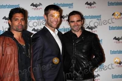 Manu Bennett Photo - LOS ANGELES - JUL 23  Manu Bennett Liam McIntyre Dustin Clare arriving at the EW Comic-con Party 2011 at EW Comic-con Party 2011 on July 23 2011 in Los Angeles CA