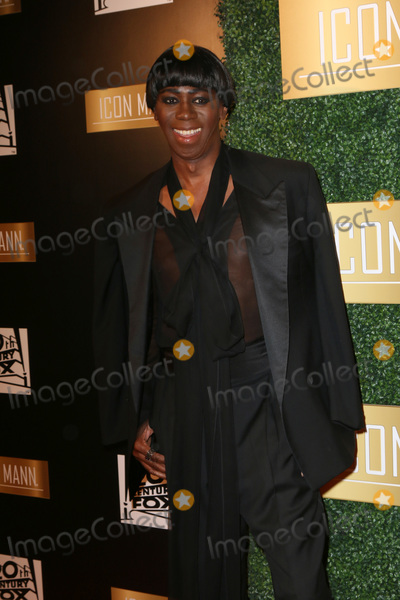 J Alexander Photo - LOS ANGELES - FEB 27  J Alexander at the 6th Annual ICON MANN Pre-Oscar Dinner at Beverly Wilshire Hotel on February 27 2018 in Beverly Hills CA