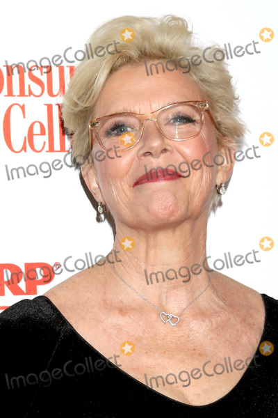 Annette Bening Photo - LOS ANGELES - JAN 11  Annette Bening at the AARP Movies for Grownups 2020 at the Beverly Wilshire Hotel on January 11 2020 in Beverly Hills CA