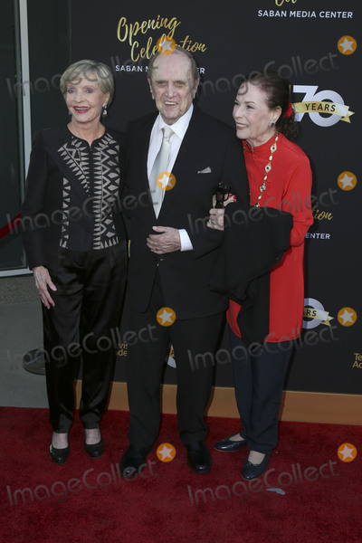 Bob Newhart Photo - LOS ANGELES - JUN 2  Florence Henderson Bob Newhart and wife at the Television Academy 70th Anniversary Gala at the Saban Theater on June 2 2016 in North Hollywood CA