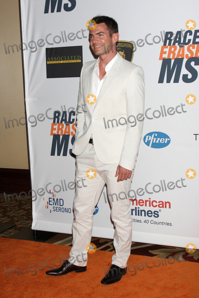Aiden Turner Photo - Aiden Turnerarrives at the 17th Race To Erase MS GalaCentury Plaze HotelCentury City CAMay 7 2010