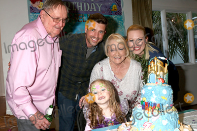 Adrienne Frantz Photo - LOS ANGELES - NOV 25  Scott Bailey and Parents Amelie Bailey Adrienne Frantz at the Amelie Bailey 3rd Birthday Party at a Private Residence on November 25 2018 in Studio City CA