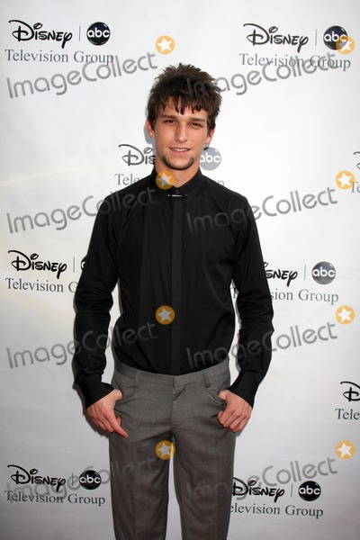 Daren Kagasoff Photo - Daren Kagasoff arriving at the ABC TV TCA Party at The Langham Huntington Hotel  Spa in Pasadena CA  on August 8 2009
