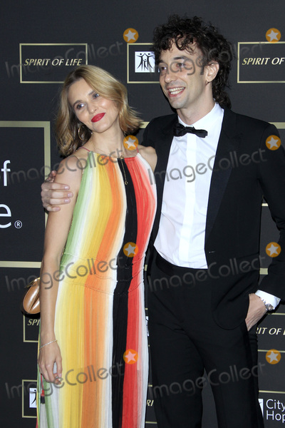 Albert Hammond Jr Photo - LOS ANGELES - OCT 12  Justyna Sroka Albert Hammond Jr at the City of Hope Gala at the Barker Hanger on October 12 2018 in Santa Monica CA