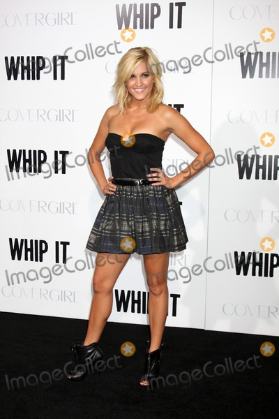 Ashley Roberts Photo - Ashley Robertsarriving at the Whip It PremiereGraumans Chinese TheaterLos Angeles  CASeptember 29 2009