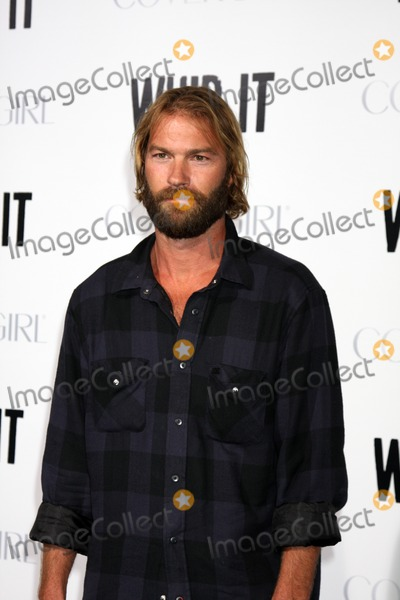 Andrew Wilson Photo - Andrew Wilsonarriving at the Whip It PremiereGraumans Chinese TheaterLos Angeles  CASeptember 29 2009