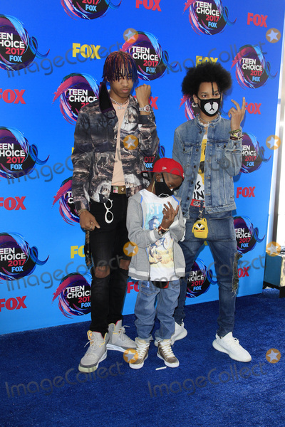 Ayo Photo - LOS ANGELES - AUG 13  Ayo  Teo Guest at the Teen Choice Awards 2017 at the Galen Center on August 13 2017 in Los Angeles CA