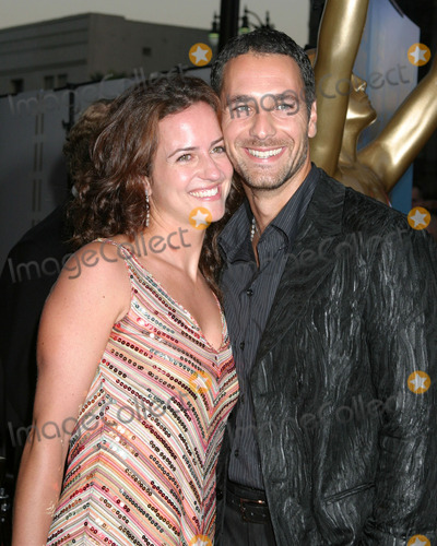Raoul Bova Photo - Raoul Bova and wifeArrive(s) at the World Music AwardsKodak TheaterLos Angeles CAAugust  31 2005