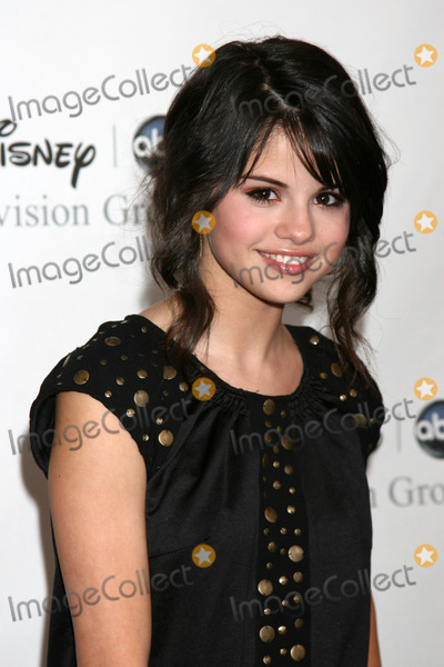 Selena Gomez Photo - Selena Gomez arriving at the ABC TCA Summer 08 Party at the Beverly Hilton Hotel in Beverly Hills CA onJuly 17 2008