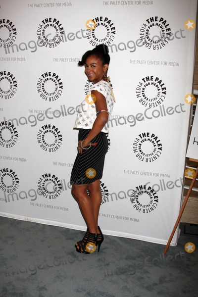 Aasha Davis Photo - Beverly Hills - AUG 13  Aasha Davis arrives at the Husbands Season Two Premiere Panel at Paley Center for Media on August 13 2012 in Beverly Hills CA