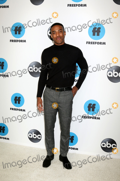 Titus Makin Photo - LOS ANGELES - FEB 5  Titus Makin at the Disney ABC Television Winter Press Tour Photo Call at the Langham Huntington Hotel on February 5 2019 in Pasadena CA