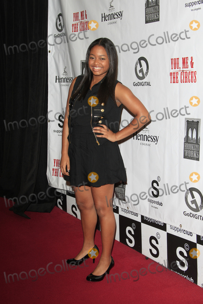 Ashley Applewhite Photo - LOS ANGELES - AUG 28  Ashley Applewhite arrives at You Me  The Circus Premiere at SupperClub on August  28 2012 in Los Angeles CA
