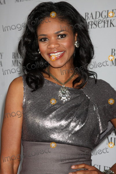 Badgley  Mischka Photo - LOS ANGELES -  2  Kimberly Elise arrives at the Badgley Mischka Flagship Store Opening at Badgley Mischka on Rodeo Drive on March 2 2011 in Beverly Hills CA