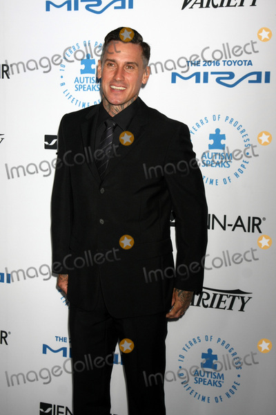 Carey Hart Photo - LOS ANGELES - OCT 8  Carey Hart at the Autism Speaks Celebrity Chef Gala at the Barker Hanger on October 8 2015 in Santa Monica CA