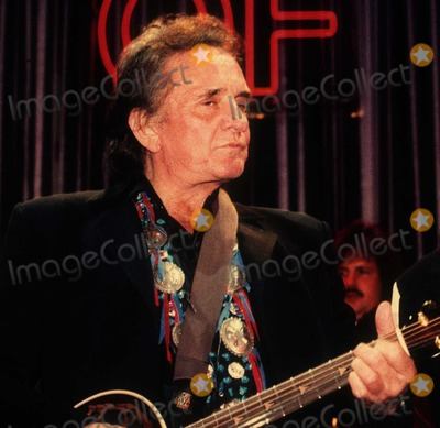Johnny Cash Photo - Johnny Cash8399JPG1992 FILE PHOTONew York NYJohnny CashPhoto by Adam Scull-PHOTOlinknetONE TIME REPRODUCTION RIGHTS ONLY917-554-8588 - eMail ADAMcopyrightPHOTOLINKNET