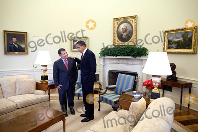 King Abdullah II of Jordan Photo - Washington DC - April 21 2009 -- United States President Barack Obama meets with King Abdullah II of Jordan in the Oval OfficeMANDATORY CREDIT Pete SouzaWhite House-CNP-PHOTOlinknet