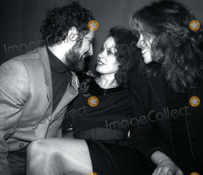 Abbie Hoffman Photo - Hoffman Black Simon3989JPGCelebrity Archaeology1978 FILE PHOTONew York NYAbby Hoffman Karen Black Carly Simonat Studio 54Photo by Adam Scull-PHOTOlinknet