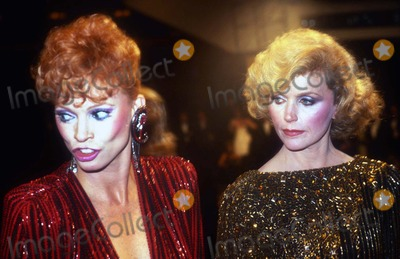 Lee Remick Photo - Juliet Prowse Lee Remick5116JPGCelebrity Archaeology1985 FILE PHOTONew York NYJuliet Prowse Lee RemickPhoto by Adam Scull-PHOTOlinknet