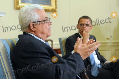 ABBA Photo - Washington DC - May 28 2009 -- United States President Barack Obama (R) meets with President of Palestine Mahmoud Abbas (L) in the Oval Office of the White House in Washington DC USA Thursday28 May 2009  Credit Michael Reynolds - Pool via CNP