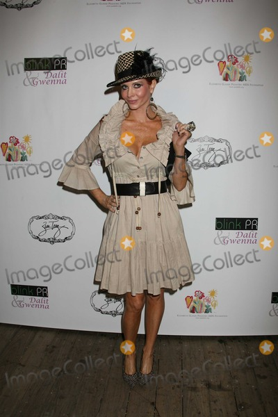 Zara Terez Photo - Los Angeles CA 8-11-2009Phoebe PriceZara Terez West Coast launch benefitingthe Elizabeth Glazer Pediatric AIDS Foundation Sky BarPhoto by Nick Sherwood-PHOTOlinknet