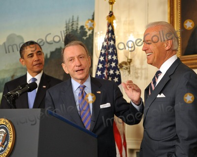 Arlen Specter Photo - Washington DC - April 29 2009 -- United States Senator Arlen Specter (Democrat of Pennsylvania) makes a statement as US President Barack Obama welcomes him to the Democratic Party   From left to right President Obama Senator Specter and Vice President Joseph BidenDigital Photo by Ron SachsPOOL-CNP-PHOTOlinknet