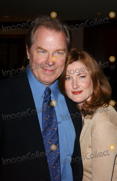 Annette OToole Photo - Photo by Lee RothSTAR MAX Inc - copyright 200392503Michael McKean and wife Annette OToole at the National Multiple Sclerosis Societys 29th Annual Dinner Of Champions(Beverly Hills CA)