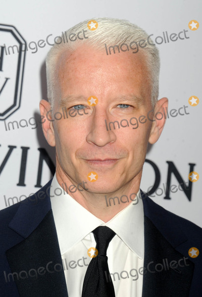 Anderson Cooper Photo - Photo by Dennis Van TinestarmaxinccomSTAR MAXCopyright 2015ALL RIGHTS RESERVEDTelephoneFax (212) 995-119661615Anderson Cooper at the Sixth Annual amfAR Inspiration Gala(NYC)
